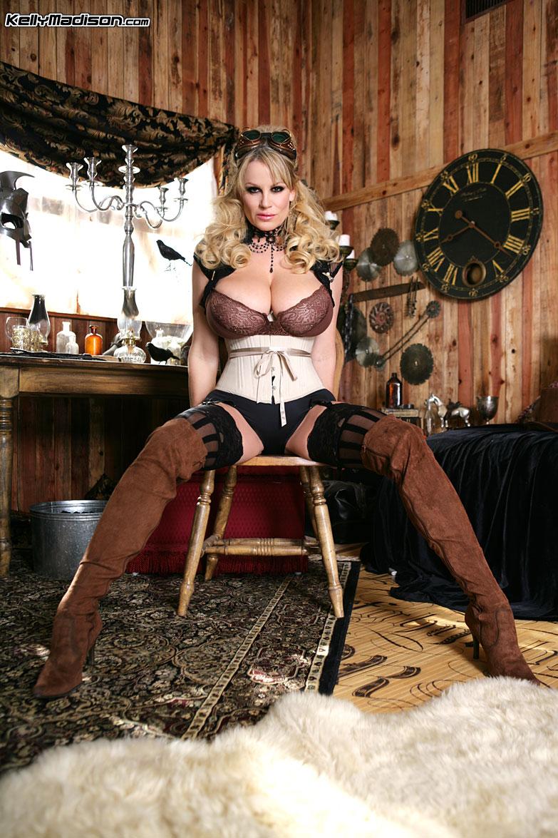 steampunk porno Nensi Steampunk - Free Nude Pictures and Porno Videos.